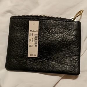 Madewell Bags - Madewell The Leather Pouch Wallet
